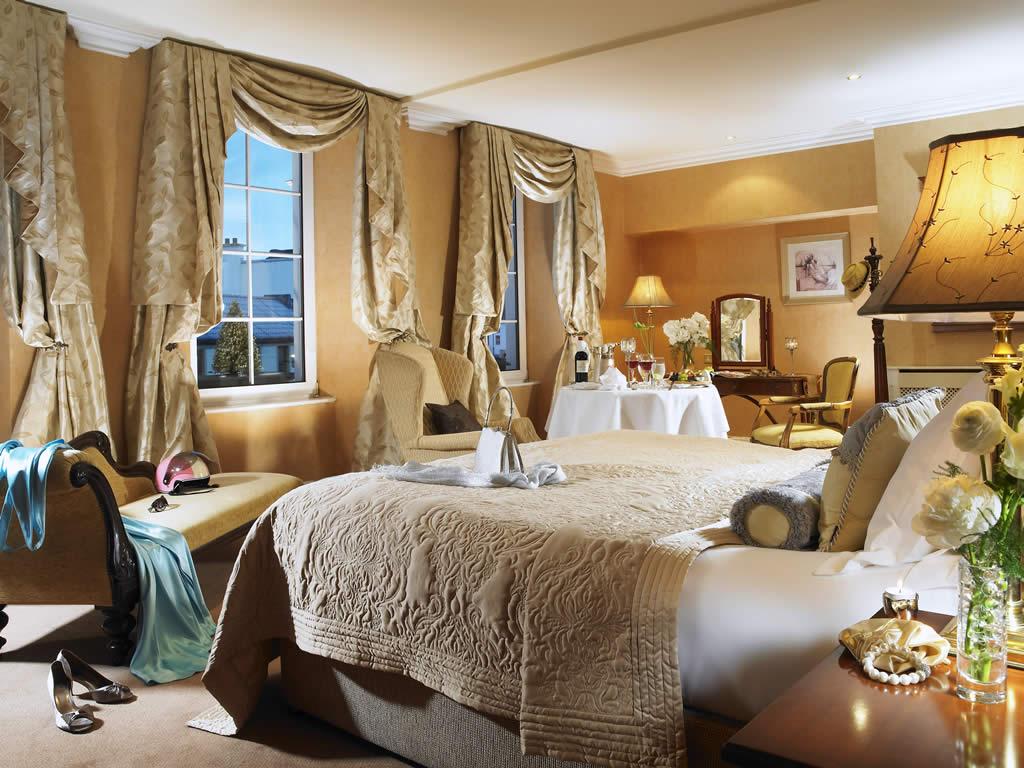 Royal Hotel Hayfield
