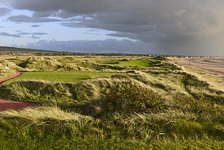 3 Nights B&B with 3 rounds of golf on Championship courses incl, Dundonald Links, Western Gailes & Gailes Links. Prices from £242.50