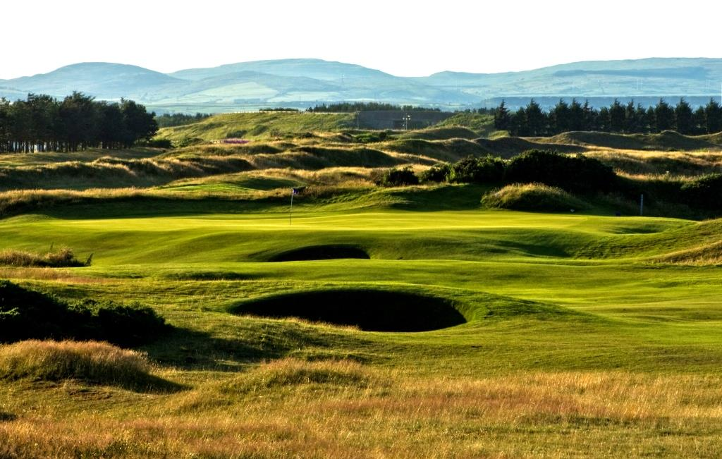 Dundonald Links 8th Hole.jpg