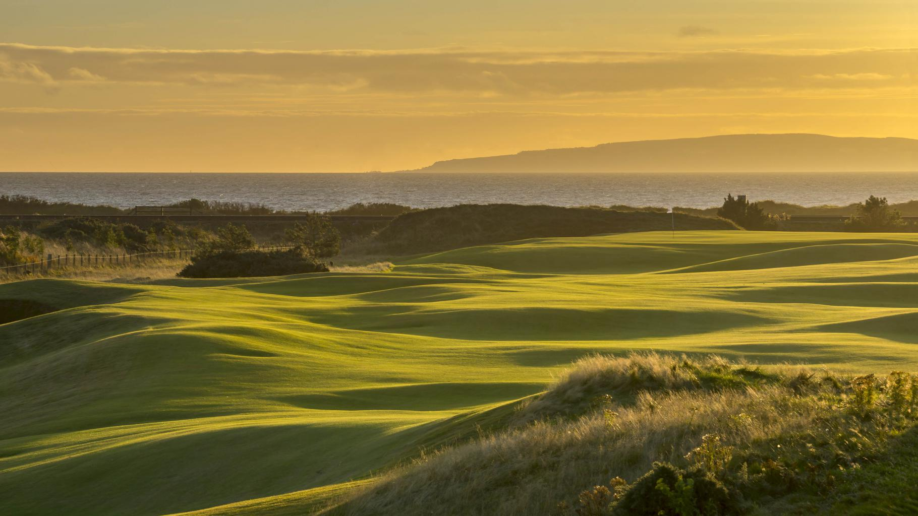 dundonald links golf in scotland scottish links courses. Black Bedroom Furniture Sets. Home Design Ideas