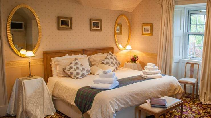 Guest Bedroom at Loaninghead B&B, Balfron