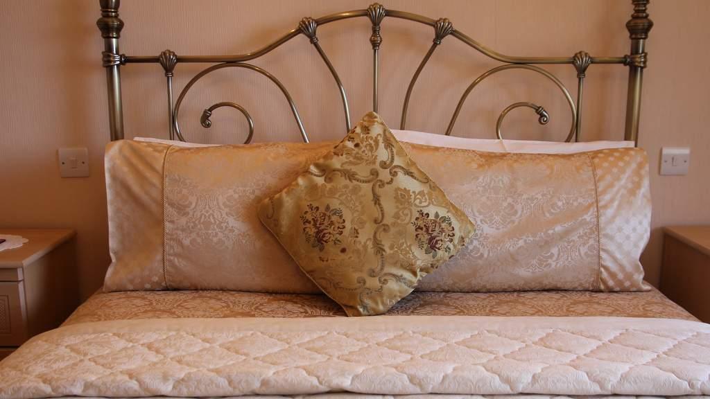 Guest Bedroom at Highland View B&B near Glencoe