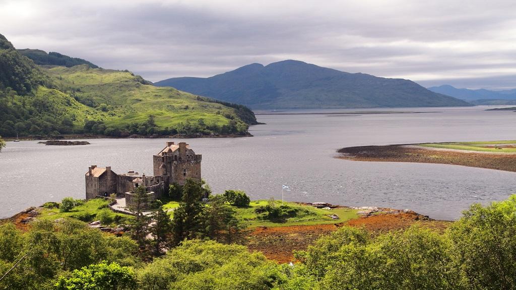 Eilean Donan Castle - Dornie