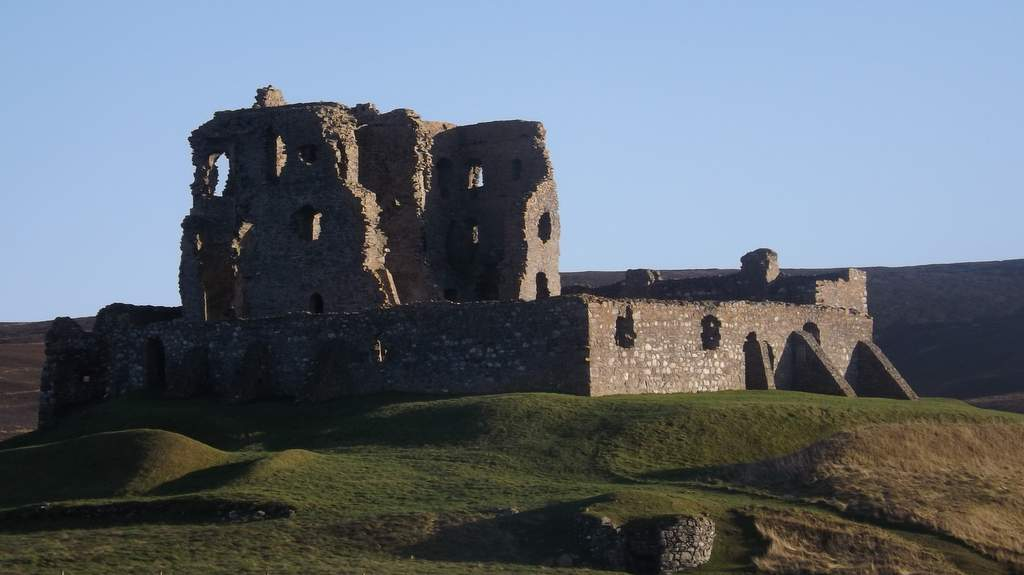 Auchindoun Castle - Photo by Castleview B&B in Dufftown