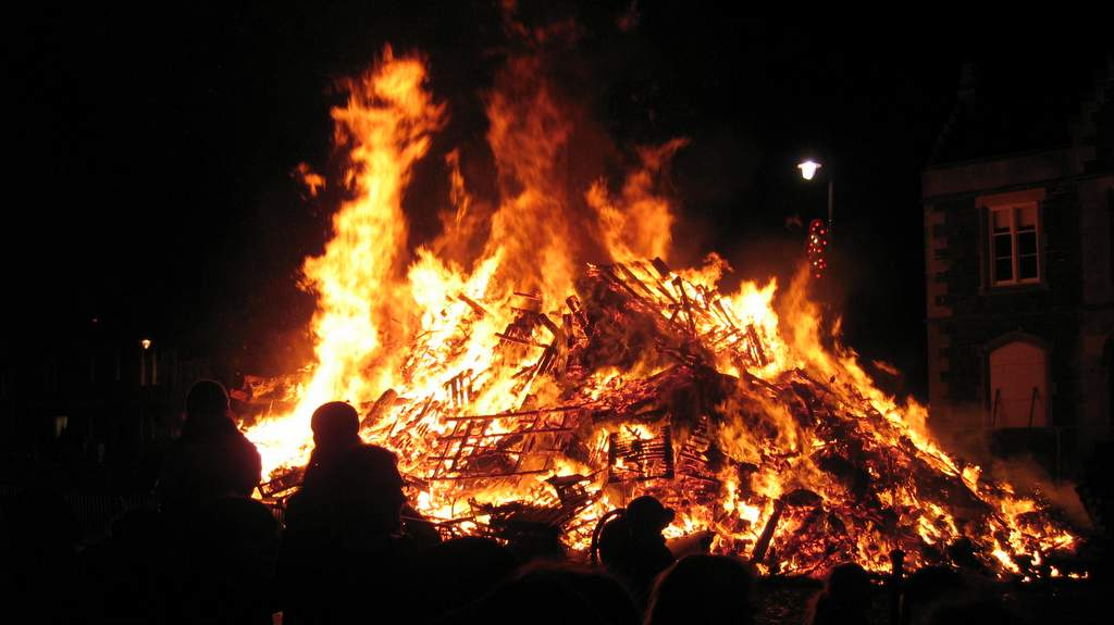 Biggar New Year Bonfire - Photo by Easter Glentore Farm near Airdrie
