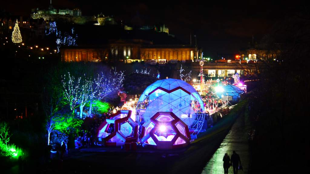 Christmas and New Year in Edinburgh, Photo by Belsyde House, Linlithgow
