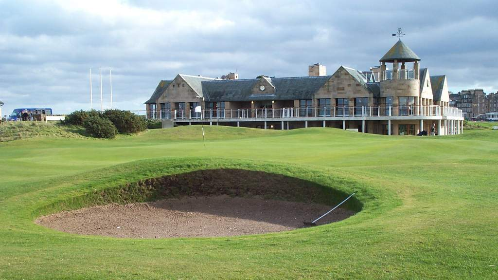 18th Green at St Andrews - Photo by Duntrune House near Dundee