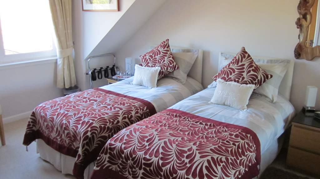 Guest Bedroom at Bunree B&B in Dunfermline