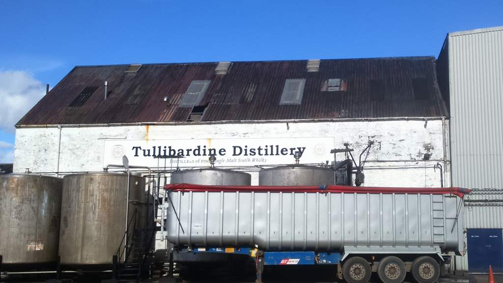 Tullibardine Distillery - Photo by Glebe House, Dunning