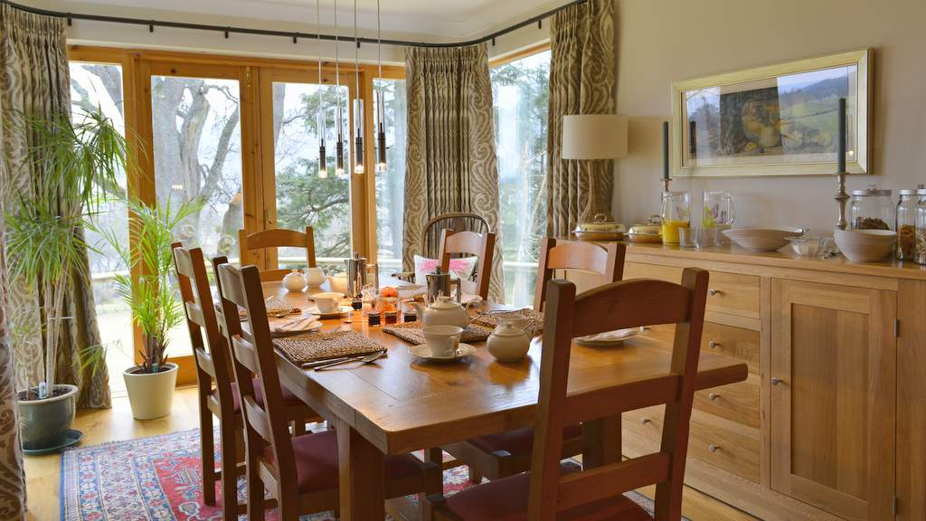 Dining Room at Brae House B&B