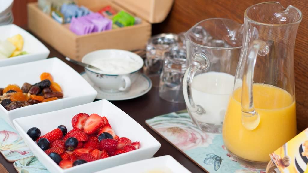 Breakfast at Torbeckhill B&B