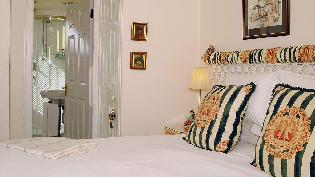 Guest Bedroom at Violet Bank House