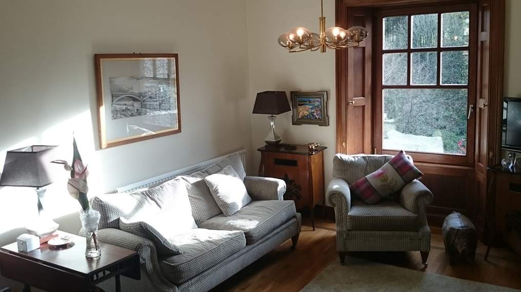 Guest Lounge at Violet Bank House