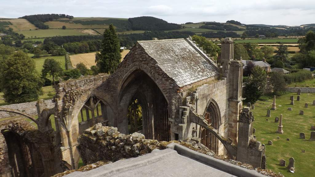 Melrose Abbey - Photo by Castleview B&B in Dufftown