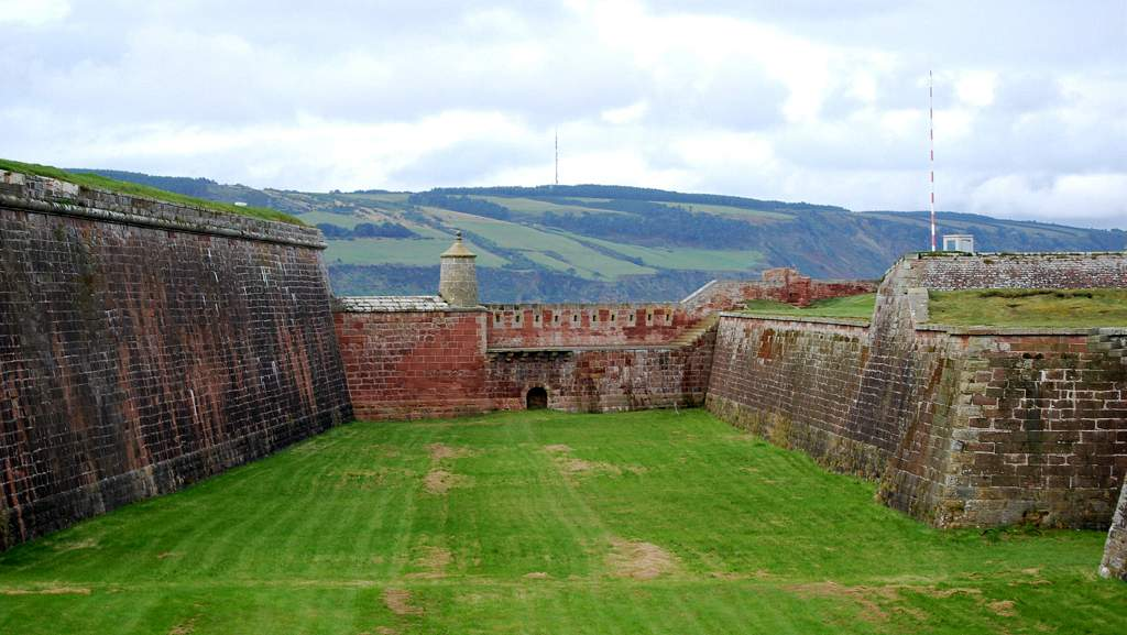 Fort George - Photo by Glengarry B&B, Kingussie