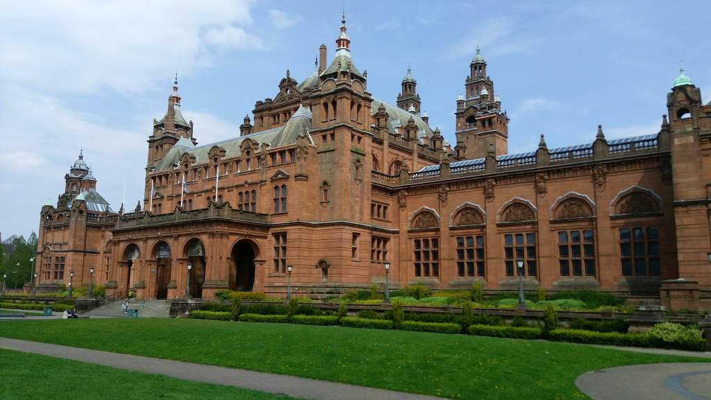 Kelvingrove Museum - Photo by Garvally House, Alloa