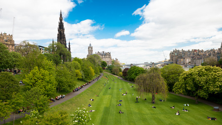 Explore Edinburgh and the Lothians