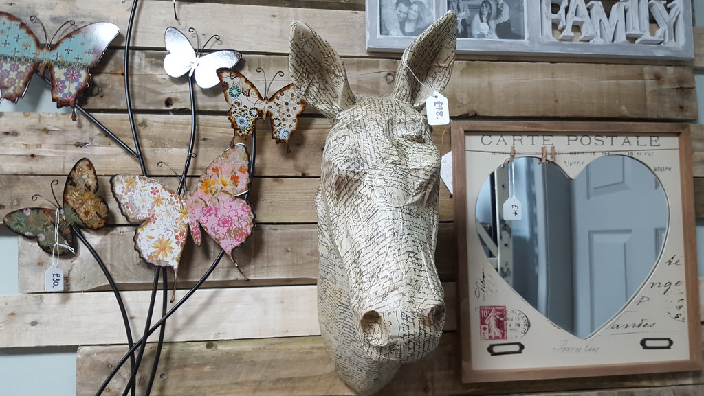 Leisurely shopping for quirky gifts in Callander, Perthshire