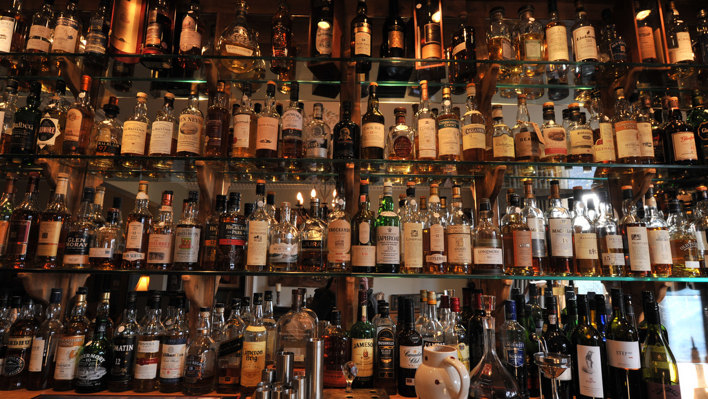 Whisky Galore at Poppies Hotel in Callander