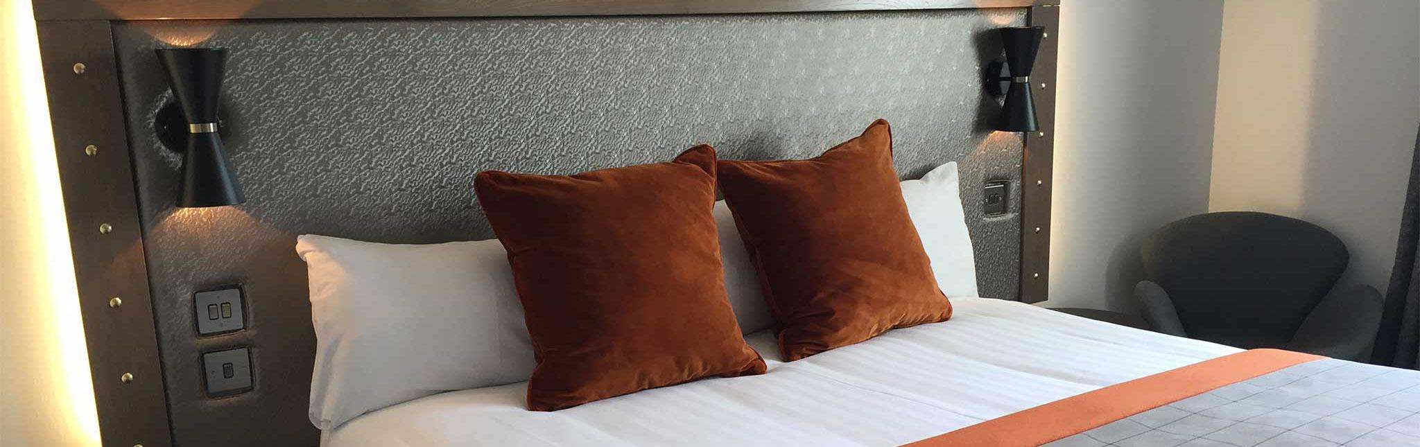 ACCOM_bedroom_new1.jpg
